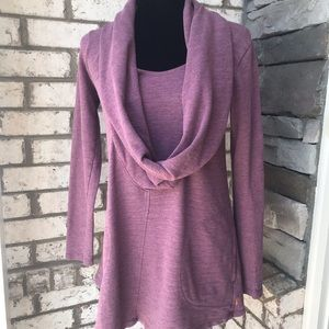 Lucy cowl neck top